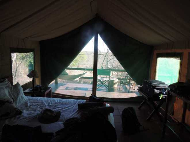 Tent-in_1005a