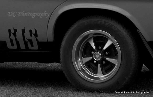 wheel_0016bw