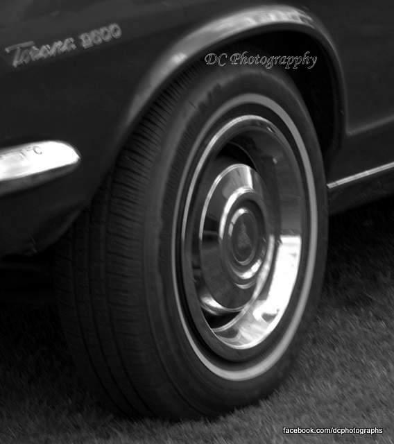 wheel_0018bw