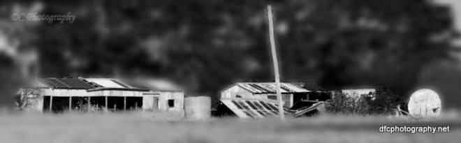 abandoned_crop-BW-blur_1858