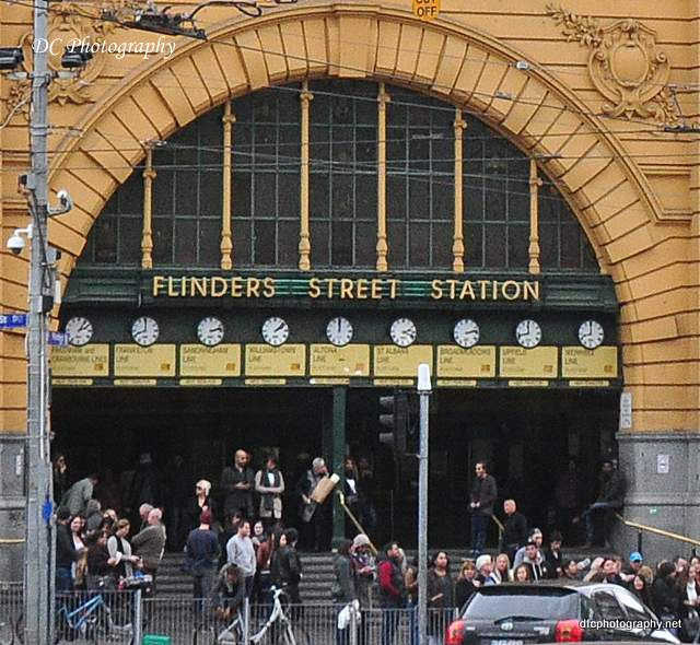 Flinders-St-Stn-clocks_0064