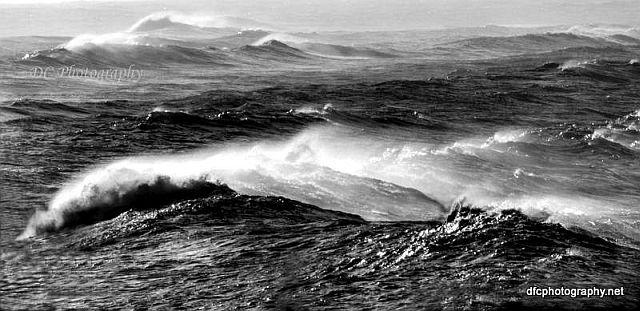 Torquay_wavesBW_77b_7119