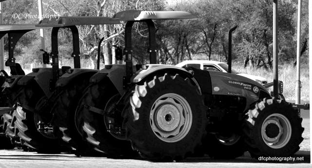 tractor_0056