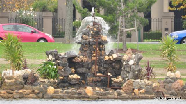 Fountain_Wendouree_0077