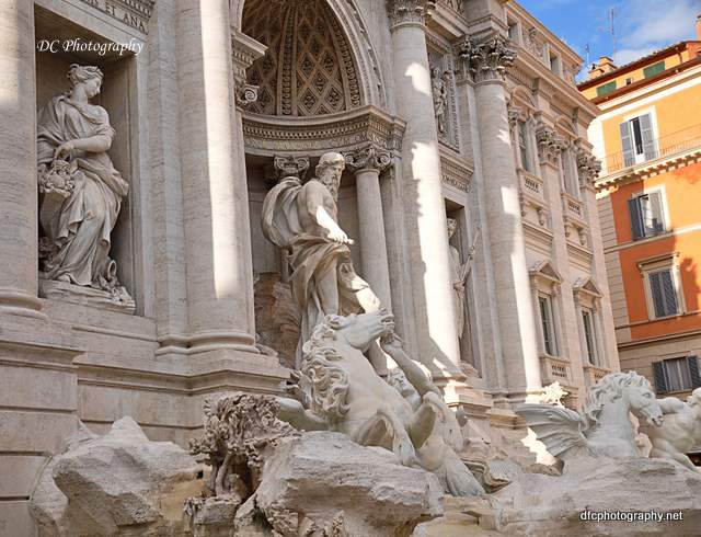 trevi_fountain_0200a