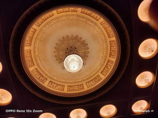 Melbourne-Theatre-Ceiling_3
